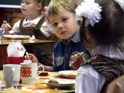 Целая группа несуществующих ребятишек год воспитывалась в детском саду №500 на Ленинградском шоссе