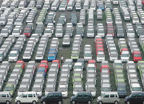 В июне резко возросли продажи машин