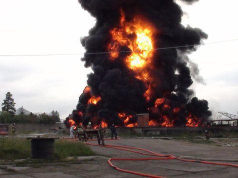 Недалеко от города Вако взорвался завод удобрений. Погибло около 70 человек