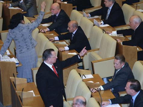 Россияне не хотят видеть в Госдуме людей с темным прошлым