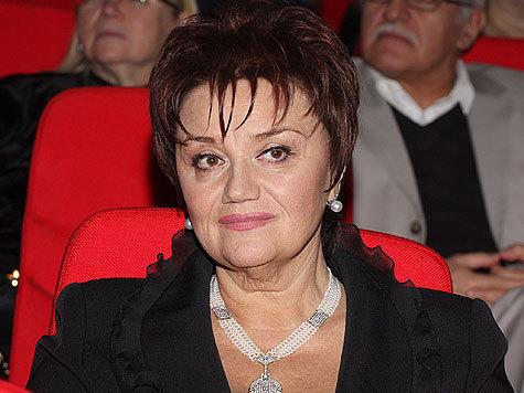 Вечером 21 октября вдова Муслима Магомаева, оперная певица Тамара Синявская, поступила в Боткинскую больницу после аварии, случившейся в центре столицы