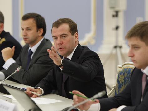 Медведев собрал новых сторонников