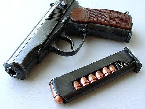 Капитан милиции случайно застрелился во время чистки оружия