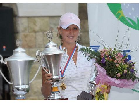 Галина Ротмистрова стала абсолютным лидером Открытого чемпионата России по гольфу