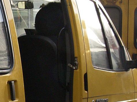 Все 12 потенциальных подозреваемых водителей были отпущены домой