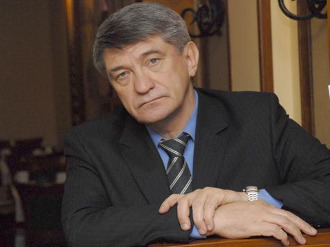 Против режиссера проголосовали единороссы и коммунисты