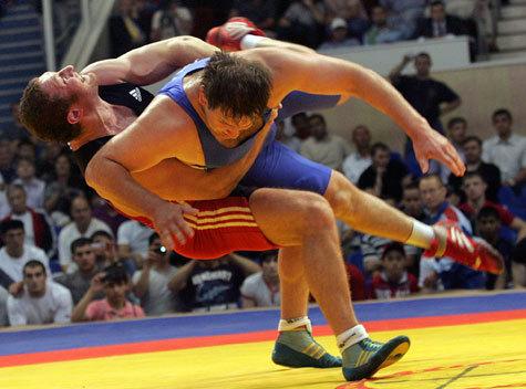 Олимпийский чемпион-2004 по-прежнему лучший в супертяжелом весе