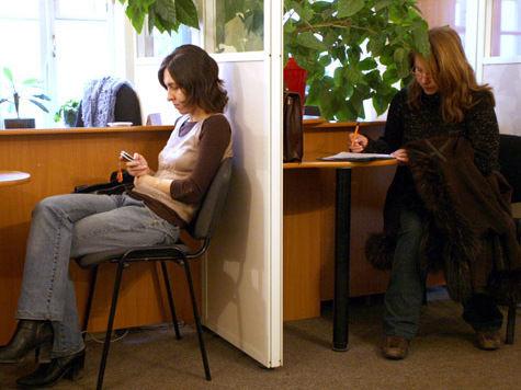 Глава ФМС предложил дать россиянам преимущество перед мигрантами