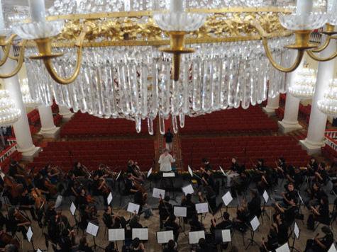 Россия в свой праздник лишится знакового музыкального фестиваля?