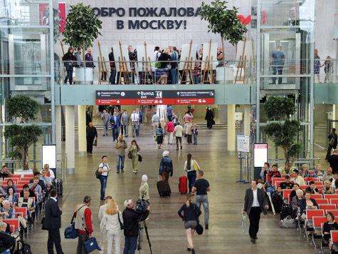 Ленина вынесли с Ленинградского вокзала