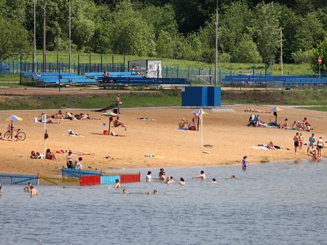 Столичные эпидемиологи разрешили москвичам и гостям города купаться на 8 пляжах