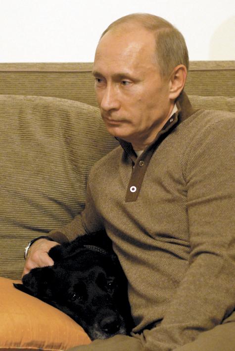 Премьер получил московскую прописку