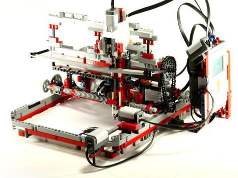 14-летний подросток сделал из конструктора LEGO настоящий печатающий принтер