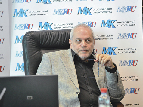 Уполномоченный по правам ребенка в Москве Евгений Бунимович ответил на вопросы читателей «МК»