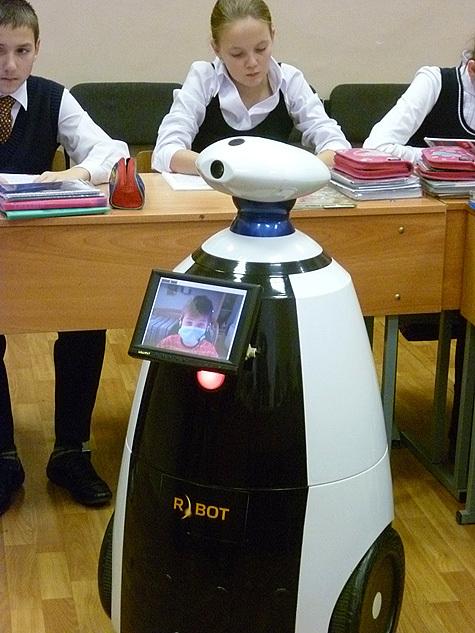 В московской школе машина заменила ученика