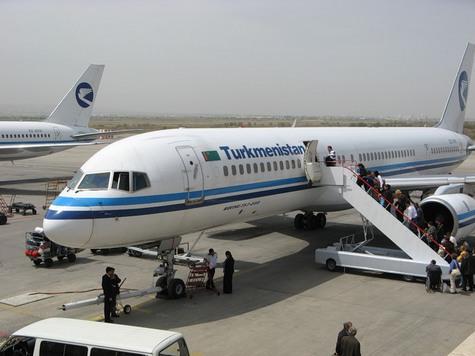 Обладателей двойного гражданства снимают с рейсов