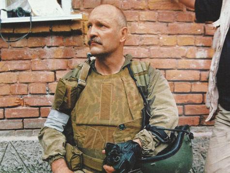 """Бойцы спецназа рассказали """"МК"""", как освобождали заложников в заминированной школе в Беслане"""
