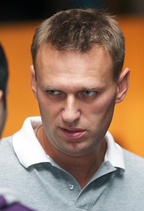 Общественная война Навального