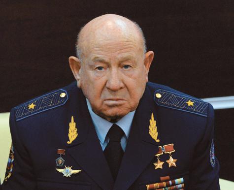 Дважды Герой Советского Союза, летчик-космонавт Алексей Леонов: «Если у нас дела так пойдут и дальше, скоро некому будет летать»