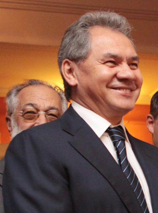 Шойгу объявил, когда крымские призывники начнут служить новой родине