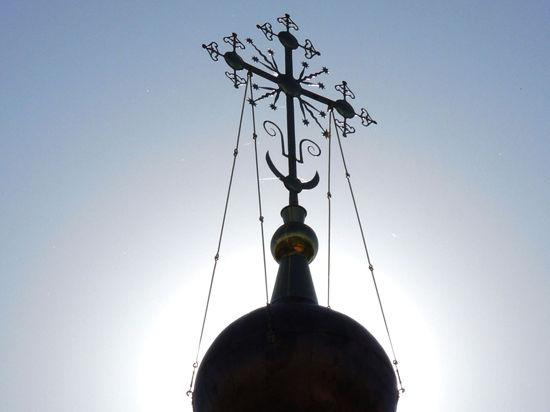 Церковь делит Крым