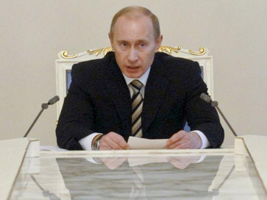 Сенаторы единогласно одобрили обращение Путина о вводе войск в Крым