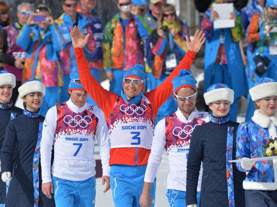 Благодаря русскому пьедесталу в лыжных гонках, Россия победила в медальном зачете
