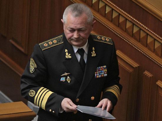 Украинский парламент со второй попытки принял отставку уличенного в госизмене министра обороны Тенюха