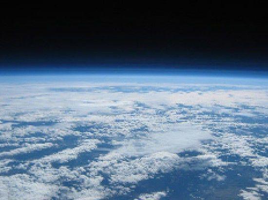 Ученые нашли на спутнике Сатурна океан, как в фильме