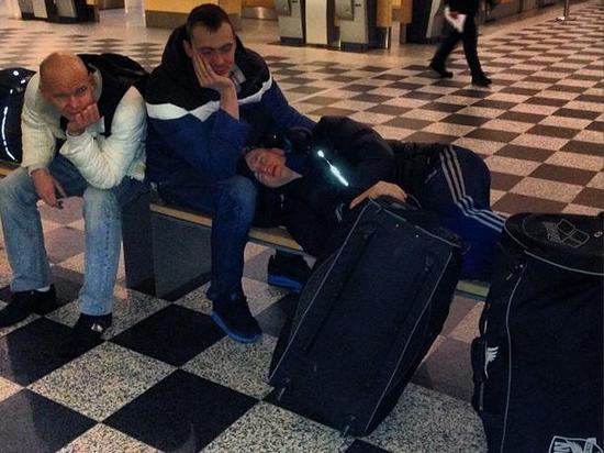 «Чудесным образом» российские пловцы остались без билетов в датском аэропорту