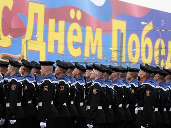 Рок-музыканты споют военные песни