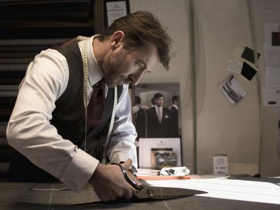 Парень в бусах заинтересовал Роттердамский кинофестиваль