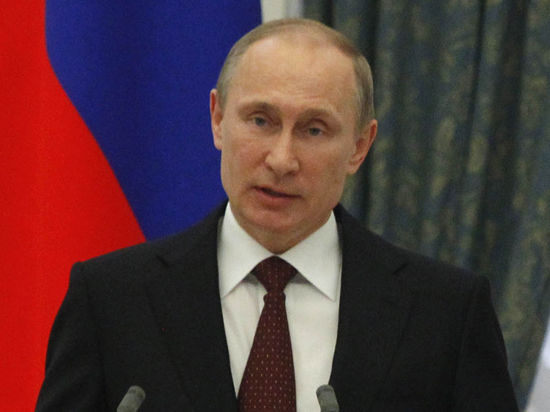 Путин с Медведевым: Россия не оставит Украину в трудный момент, но за газ нужно расплатиться