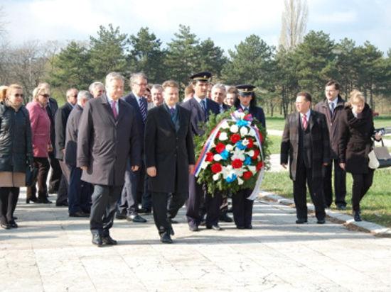Сербия отметила 15-летие бомбардировок НАТО