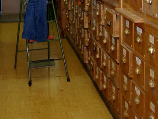 Посетителей государственных архивов будут пускать в читальный зал только с прозрачными пакетами в руках