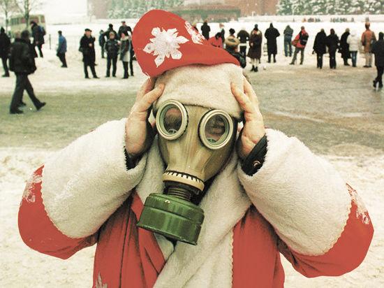 Поздравлять россиян в этом году будут Деды-матерщинники и Снегурочки-травести
