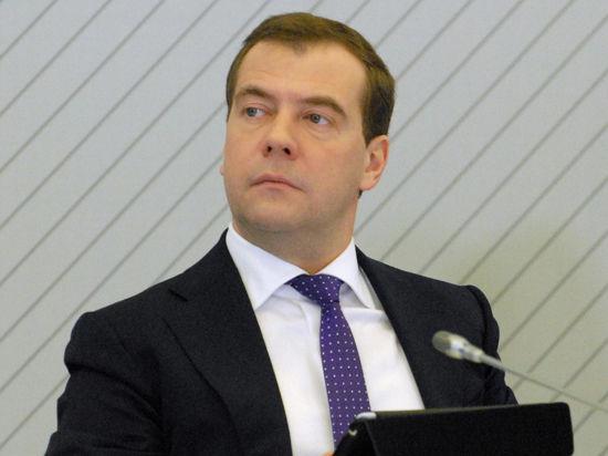 Медведев наградил Михаила Лермонтова