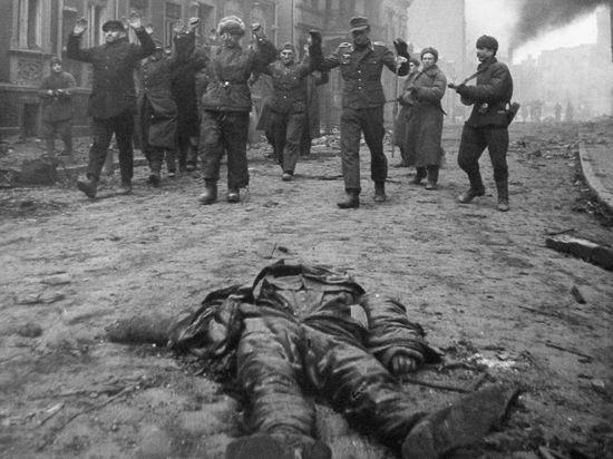 В Москву вернулись советские военнопленные