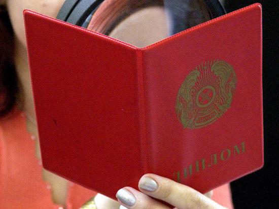 Дипломы нового образца будут получать выпускники российских вузов с 1 января будущего года