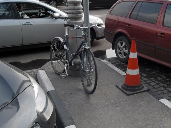 Столичных велосипедистов пустят в наземный транспорт