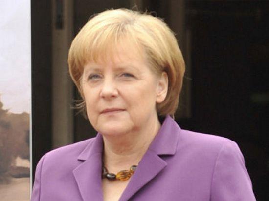 Ангела Меркель получила травму таза, катаясь на лыжах