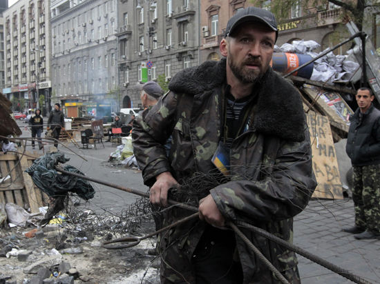 Ситуация вокруг Восточной Украины накаляется: ультиматумы, которые предъявляют и отвергают