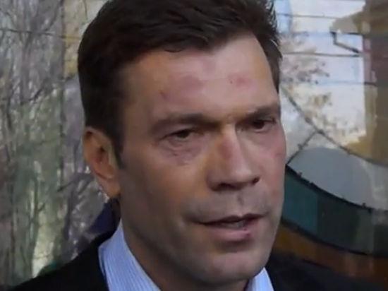 Спецназ привез Олега Царева в Днепропетровск.