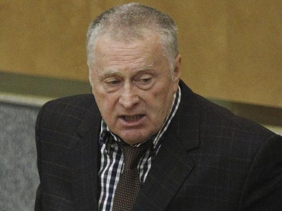 Скандального Жириновского обязали извиниться перед журналистами через СМИ
