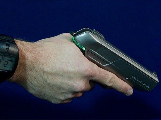На рынке США появился пистолет, который не стреляет в руках преступников