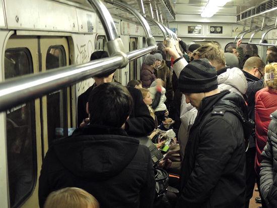 Киевское метро почти вернулось к нормальной жизни
