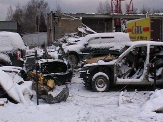 На мытищинском кладбище обнаружена стоянка угнанных машин