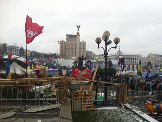 Российскому журналисту в Киеве едва не оторвало ногу гранатой