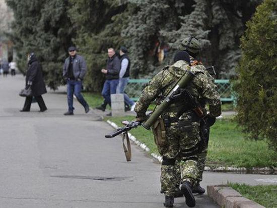 СМИ: Ополченцы Славянска взяли в плен американского журналиста