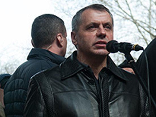 Крымчане будут иметь двойное гражданство, а Яценюку запретят купаться в Ялте